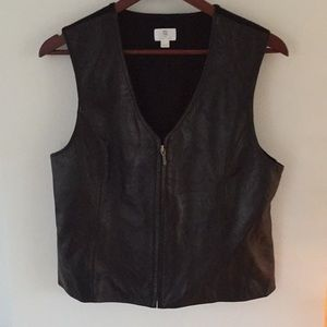 Apt. 9 lambskin leather zipper front vest L black